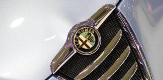 Il logo dell'Alfa Romeo, una delle marche di auto più prestigiose del mondo