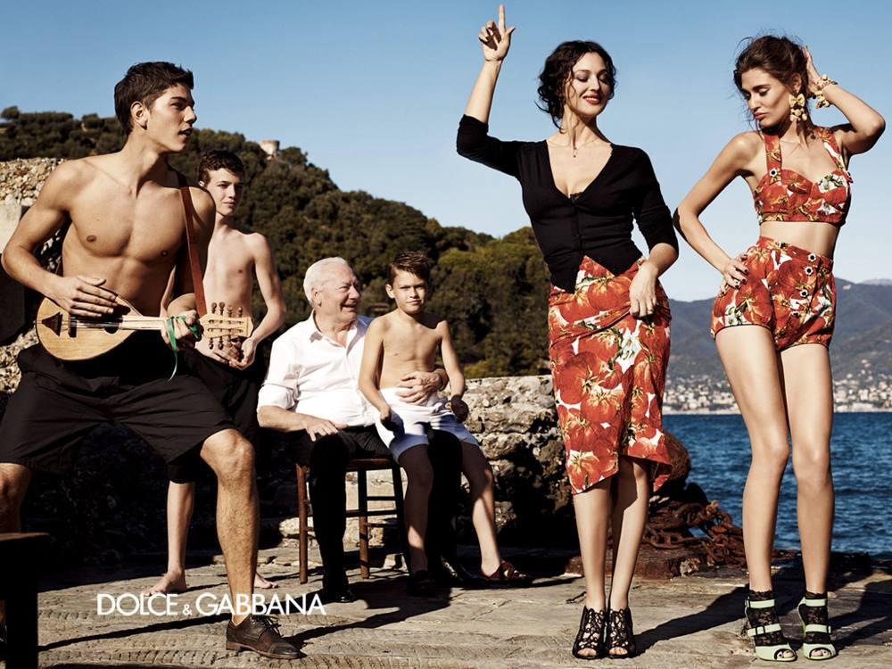 Monica Bellucci con Bianca Balti per Dolce & Gabbana