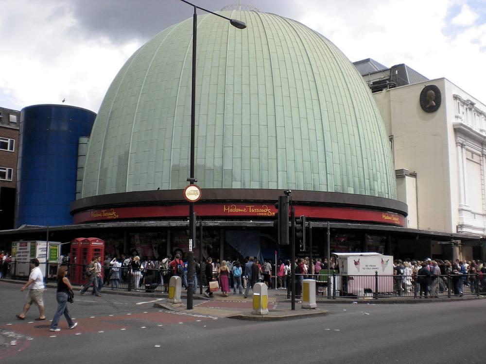 L'ingresso del Madame Tussauds, il museo delle cere di Londra (foto di Citizen59 via Wikimedia Commons)