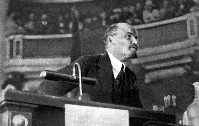 Lenin al secondo congresso del Comintern, nel 1920