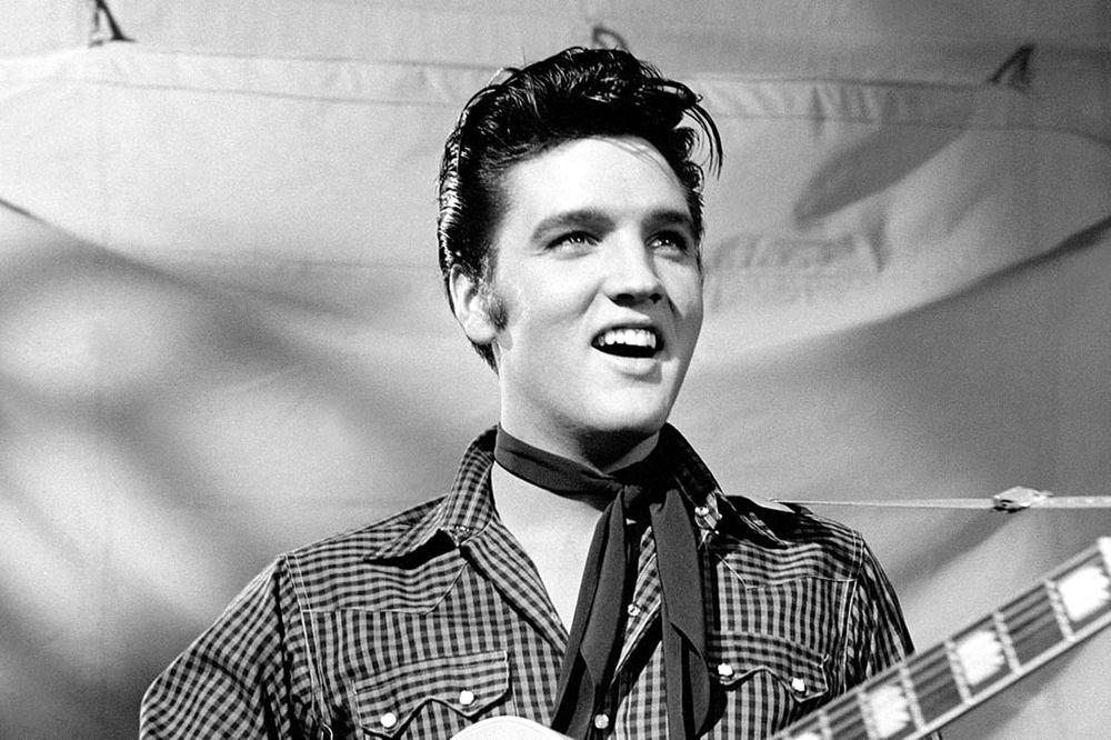 Elvis Presley, uno dei più grandi cantanti americani