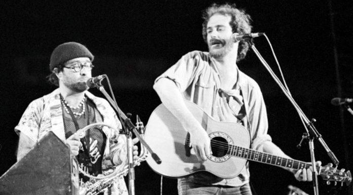 Lucio Dalla e Francesco De Gregori, due dei più importanti cantautori italiani degli anni '70
