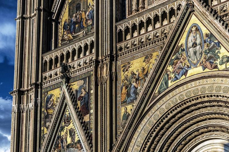 Dettaglio della facciata del Duomo di Orvieto