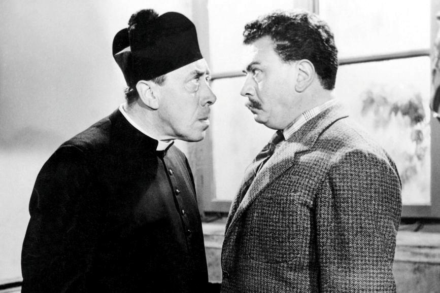 Gino Cervi con Fernandel nei panni, rispettivamente, di Peppone e Don Camillo