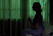 Una scena de La donna che visse due volte, un film thriller da vedere