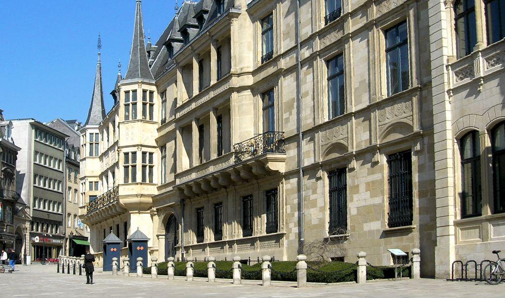 Il Palazzo Granducale del Lussemburgo (foto di Ernmuhl via Wikimedia Commons)