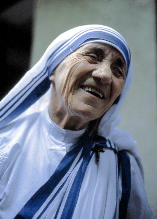 Madre Teresa di Calcutta, in una foto scattata a Roma nel 1985 da Manfredo Ferrari