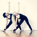 Terza posizione di yoga per la cervicale