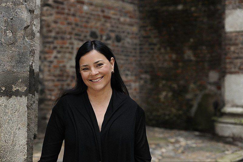 Diana Galabdon, autrice della serie di libri da cui è stato tratto Outlander, in una foto di Andreas Pavelic
