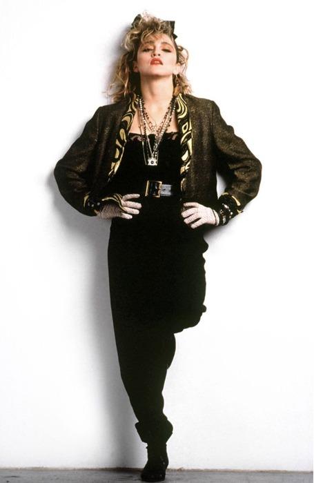 Madonna in una foto promozionale per il film Cercasi Susan disperatamente 6342211bd76