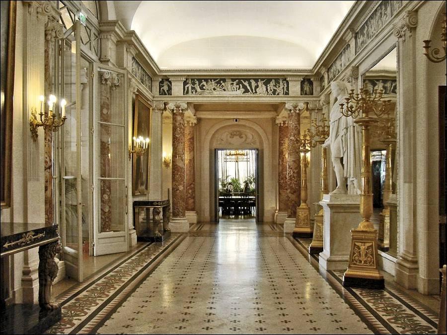 Gli interni di Villa Massena (foto di Dalbera via Flickr)