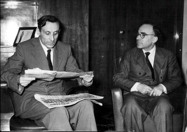 Giuseppe Dossetti, a sinistra, e Giorgio La Pira nel 1956