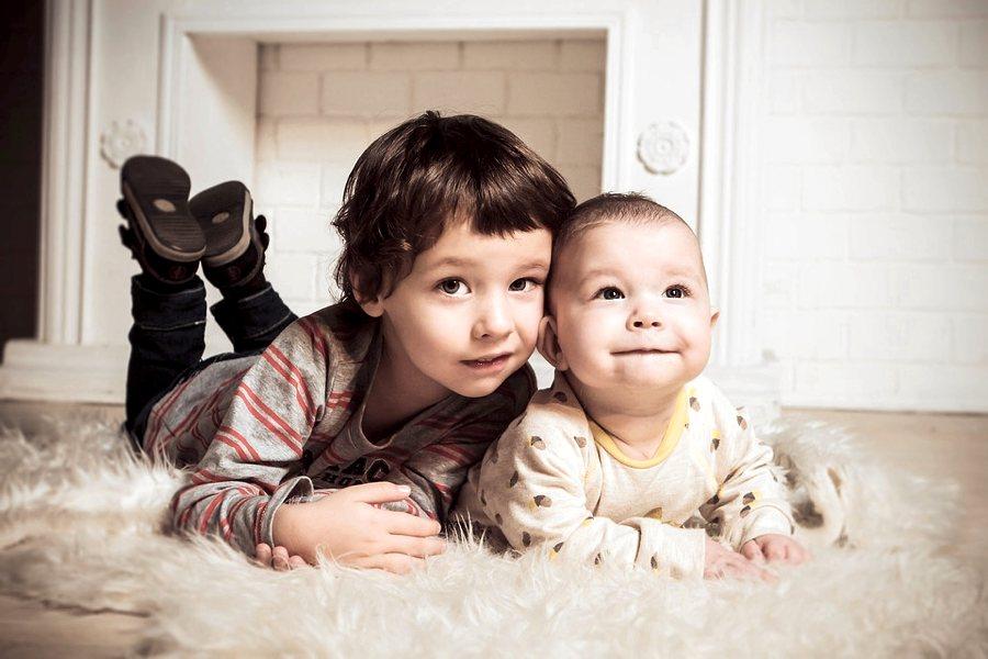 Cinque Frasi Per Il Compleanno Di Un Fratello Cinque Cose