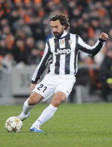 Andrea Pirlo con la maglia della Juventus (foto di Валерий Дудуш via Wikimedia Commons)