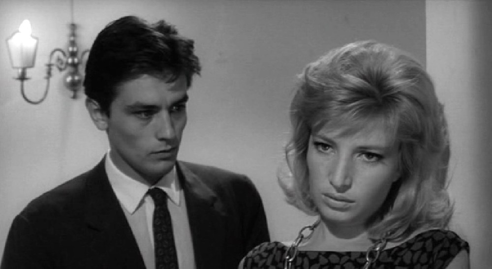 Alain Delon e Monica Vitti in L'eclisse