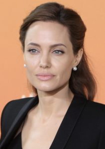 Angelina Jolie nel 2014 (foto del Foreign and Commonwealth Office via Flickr)