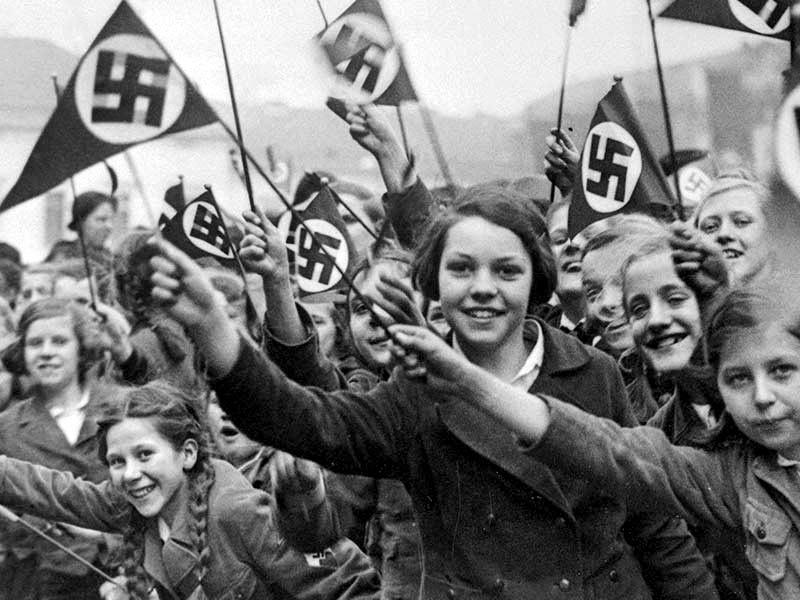 Giovani sostenitori del Partito Nazista