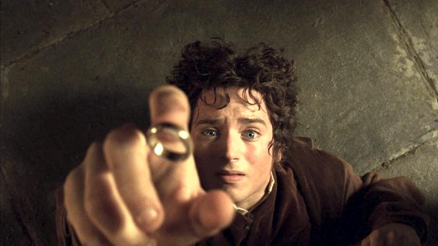 Frodo e il suo anello ne Il Signore degli Anelli