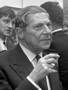 Arthur Koestler nel 1969 (foto di Erich Koch/Anefo)