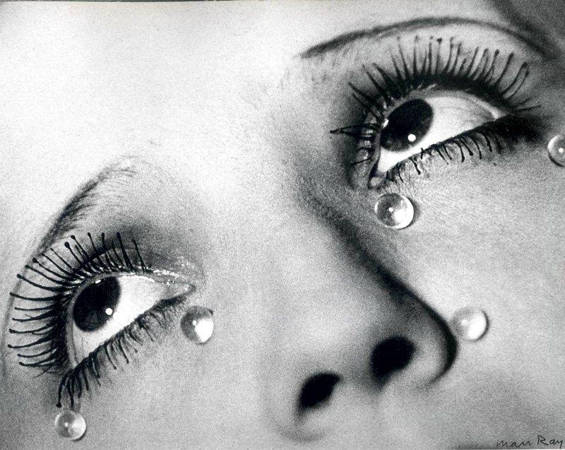 Lacrime di vetro, una delle più famose opere di Man Ray