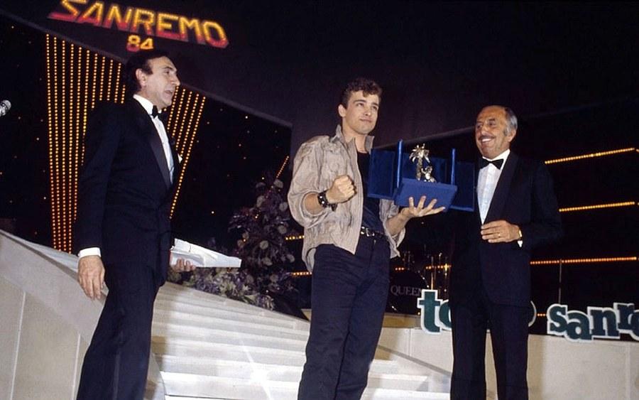 Eros Ramazzotti vincitore delle Nuove Proposte a Sanremo 1984