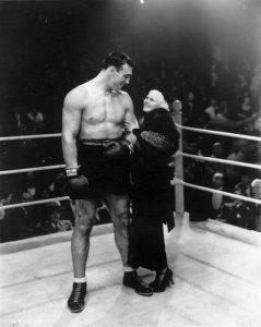 Primo Carnera con l'attrice Jean Harlow