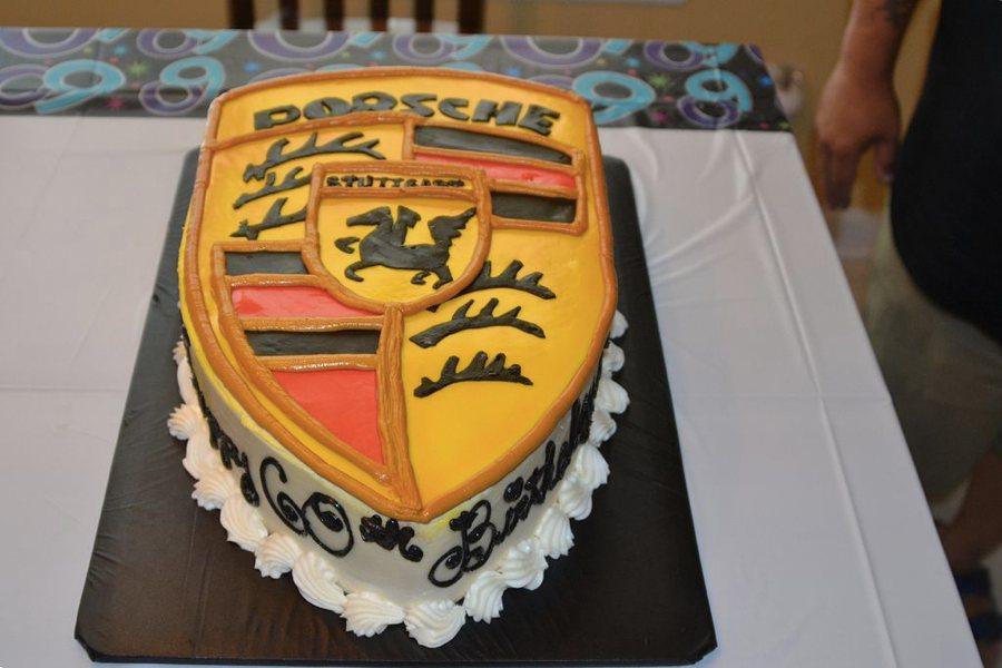 La torta della Porsche (foto di Tony Alter via Wikimedia Commons)
