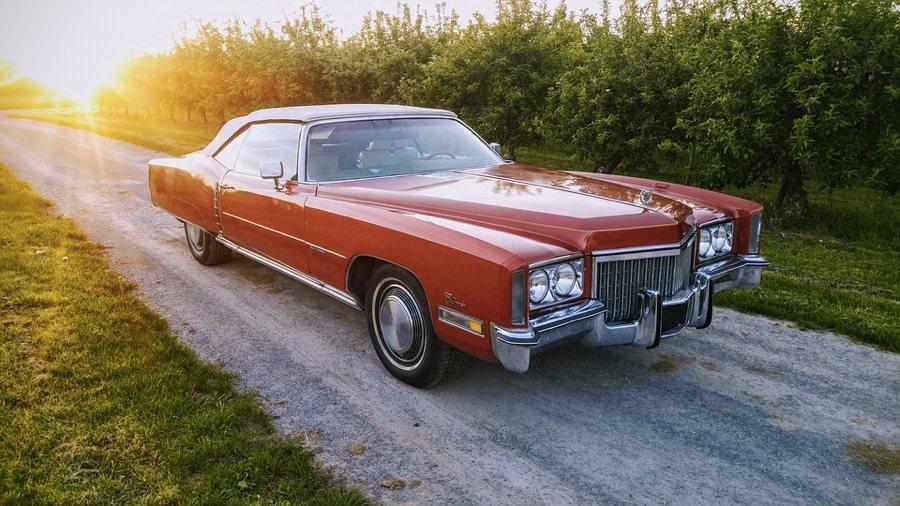Una Cadillac Eldorado degli anni '70