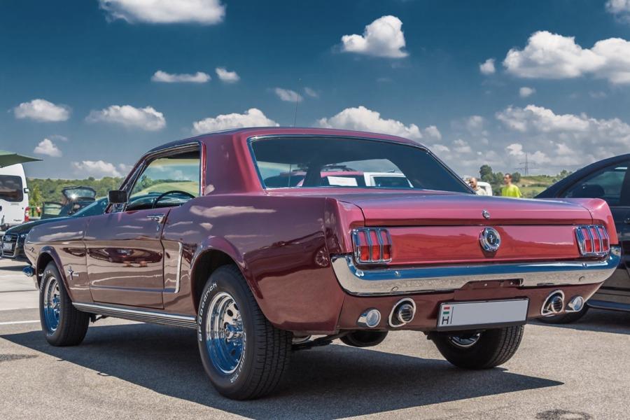 Una Ford Mustang del 1965