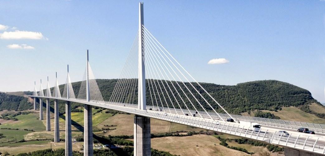 Il viadotto di Millau, in Francia