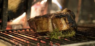 Alla scoperta dei piatti tipici toscani, compresa la bistecca alla fiorentina