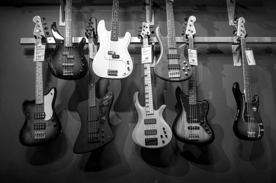 Alla scoperta delle canzoni rock più famose e amate, anche per via delle chitarre elettriche
