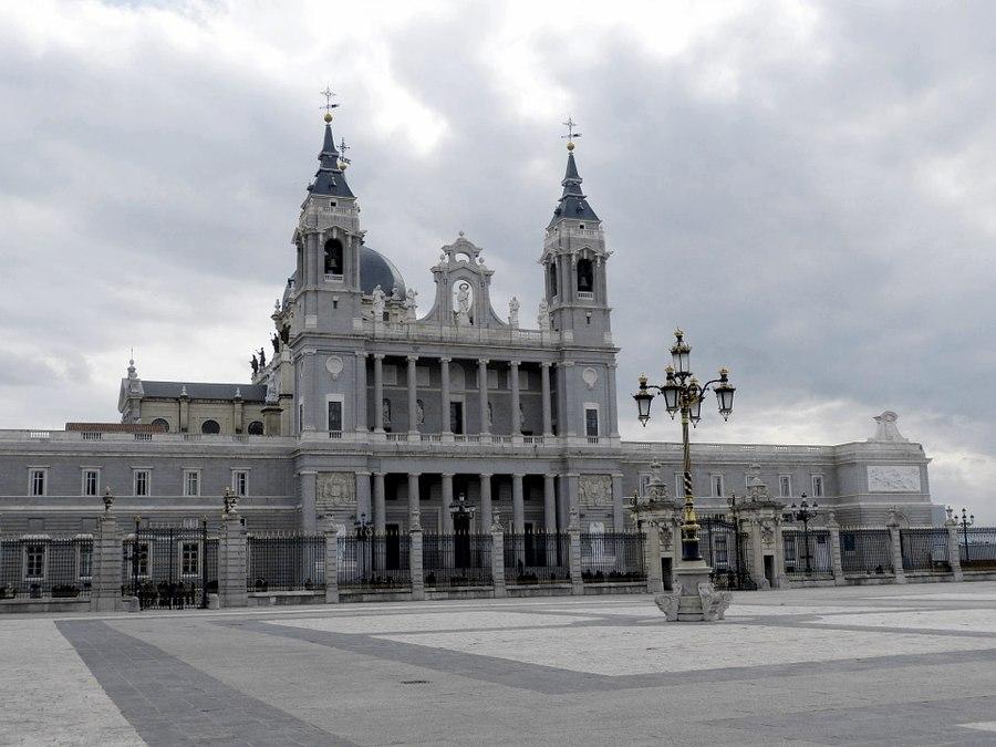 La Cattedrale dell'Almudena a Madrid