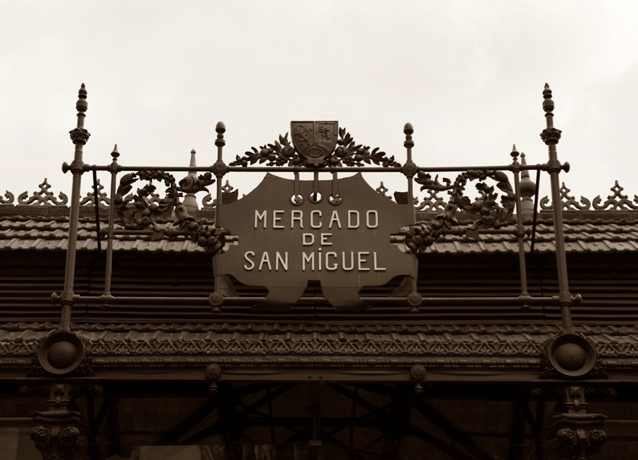 L'ingresso del mercato di San Miguel, a Madrid