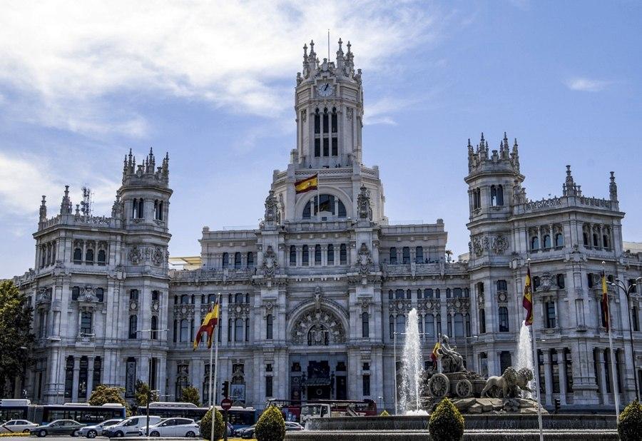 Il Palacio de Comunicaciones, sede del Comune di Madrid, in Plaza de Cibeles