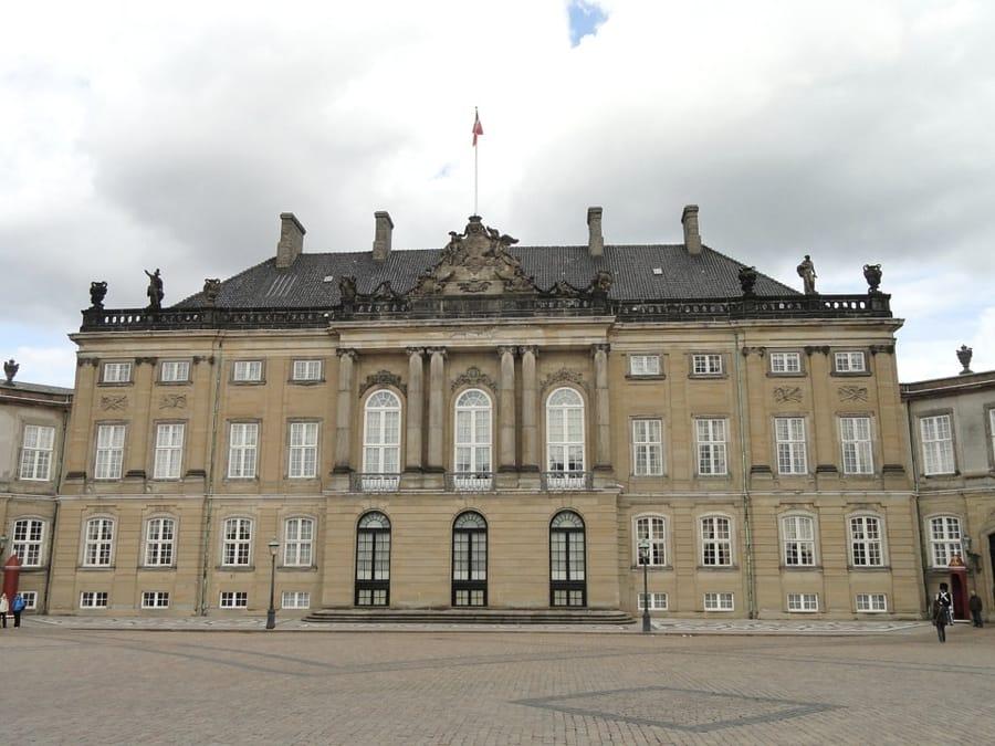 Il Palazzo Amalienborg di Copenaghen