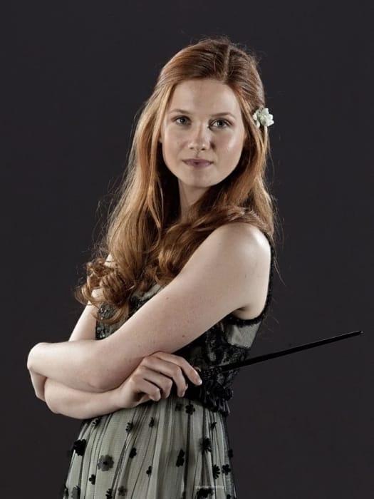 L'attrice Bonnie Wright nei panni di Ginny Weasley