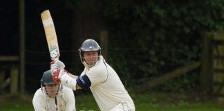 Giocatori di cricket in azione