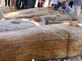 Le bare ritrovate nella zona dell'antica Tebe, in Egitto