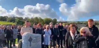 Il funerale irlandese in cui il morto ha parlato