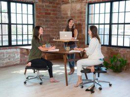 Le sedie SoulSeat, per amanti dello yoga
