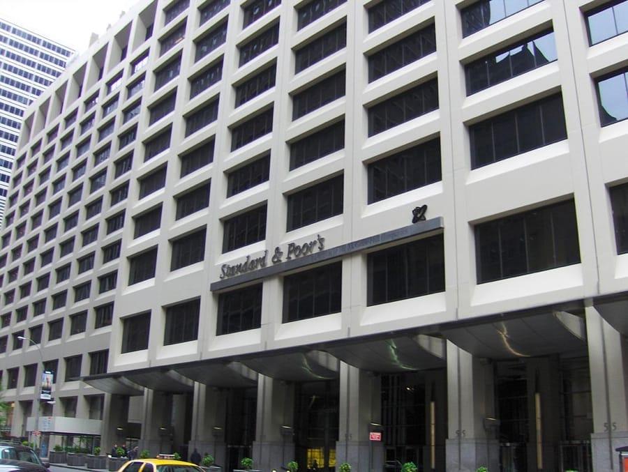 La sede di Standard & Poor's, una delle più importanti agenzie di rating (foto di B64 via Wikimedia Commons)
