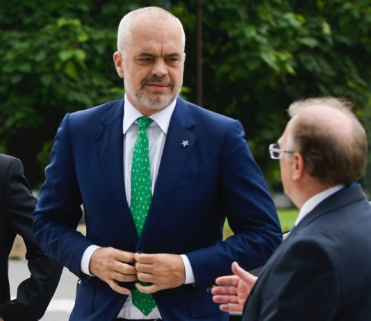 Edi Rama (foto di Nikolay Doychinov via Flickr)