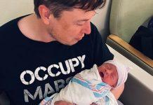 Elon Musk col figlio (foto da Twitter)