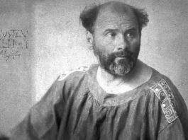 Alla scoperta delle opere di Klimt, qui in una foto del 1914