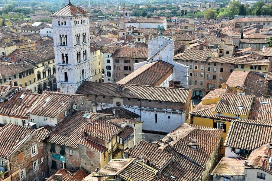 Il centro storico di Lucca