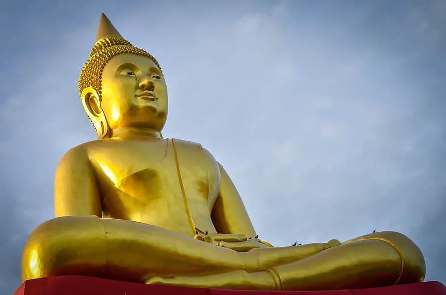 Una statua del Buddha
